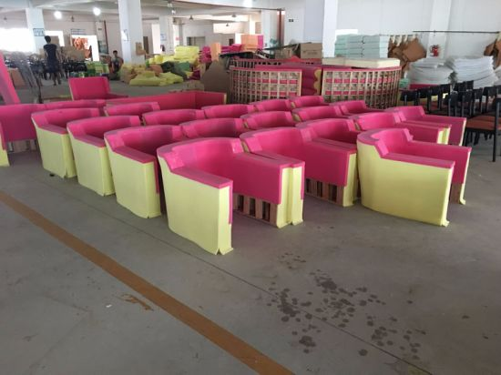 Hotel Furniture/Hotel Luxury Sofa/Hotel Living Room Sofa/Canteen Sofa/European Style Luxury Hotel Lobby Sofa (NCHS-007) pictures & photos