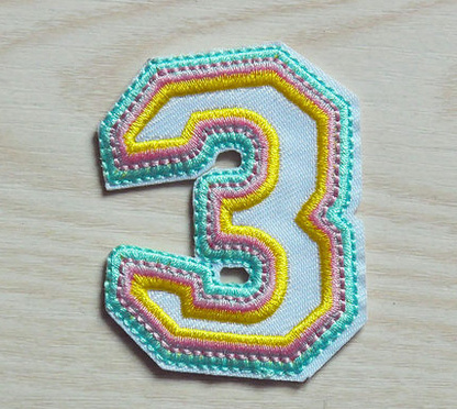 Wholesale Design Badge Thermal Cut Twill Embroidered Patch