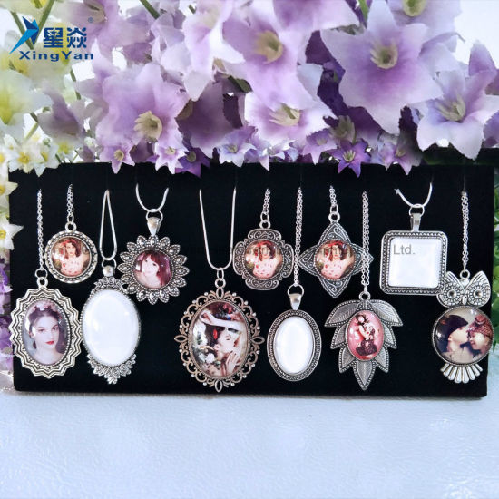 Sublimation Fashion Glass Necklace pictures & photos
