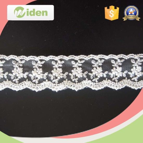 Heavy Global Market Wholesale Scalloped Flower Figure Net Embroidery Lace pictures & photos