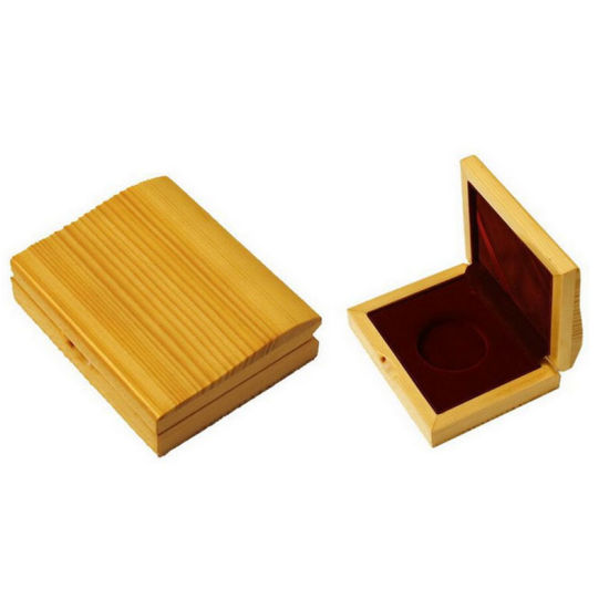 Newstyle Wood Box with Slide Lid for Coin Display pictures & photos