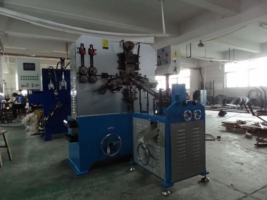 Metal Hanger Hook Making Machinery with High Quality pictures & photos