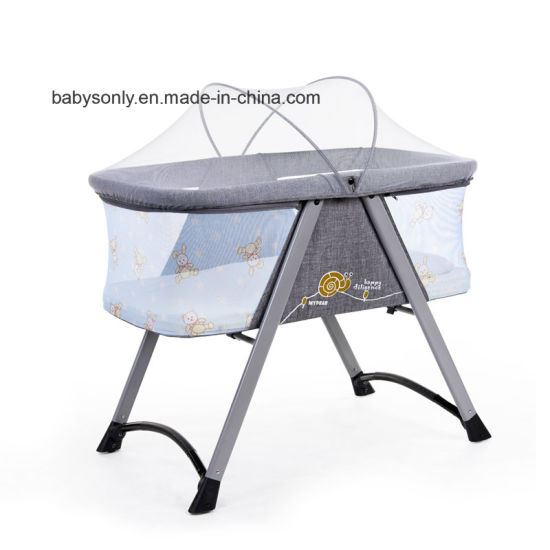 En 1888 Certificated Simple Design Breathable Baby Sleeping Bed