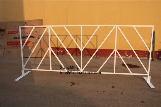 China Crowd Control Barriers / Steel Road Barricades
