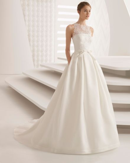 72da28604107 China Lace Top Satin Skirt with Pocket Elegant Wedding Dress Bridal ...
