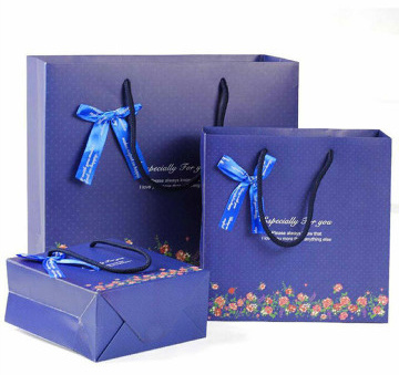Wholesale Luxury Shopping Paper Bag for Clothing Packing