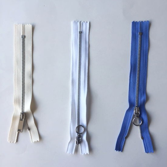 High Quality Alloy Metal Zipper with Close-End Auto Lock Pin Lock for Jeans Bag Garment Accessories