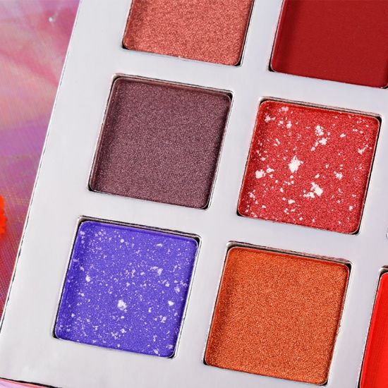 Free Sample Available Cosmetics Makeup 18 Color Cheaper Eyeshadow Palette