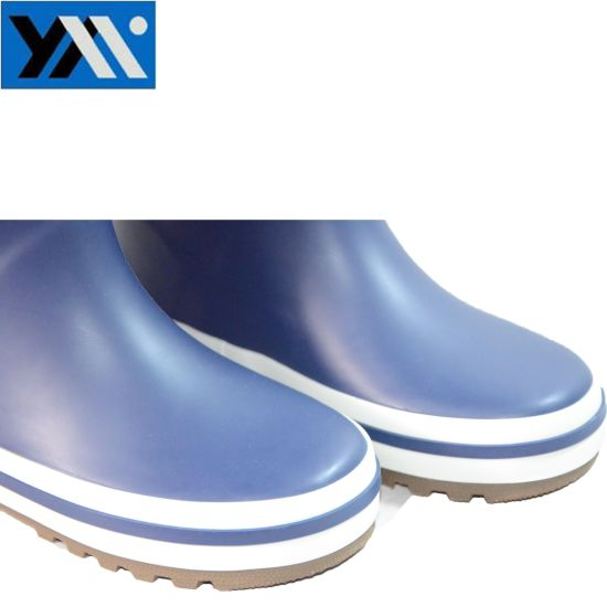 Normal Simple Style Blue Matt Surface Kids Rubber Rain Boots pictures & photos