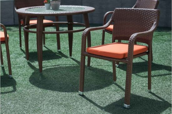 Outdoor Furniture Resort Outdoor Dining Chair and Table Made of Rattan