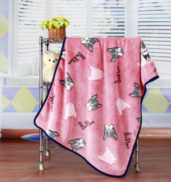 Embossed Cartoon Flannel Baby Blanket / Baby Throw pictures & photos