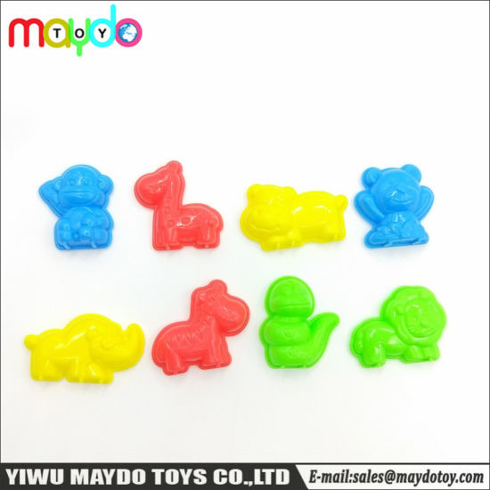 8Pcs Assorted Play Sand Clay Molds Set Toy Plastic Animal Models pictures & photos
