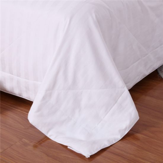 Home Textile White Color Mulberry Long Silk Quilt pictures & photos
