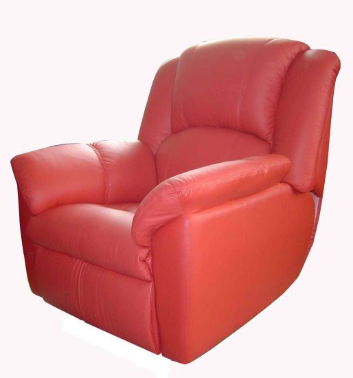 Cinema Seat Real Leather Electric Reclining Theatre Sofa Cinema Chair (VIP 1) pictures & photos