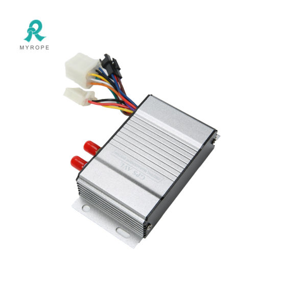 Multi-Feature Vehicle Tracker Fuel Level Monitoring System for Fleet Management