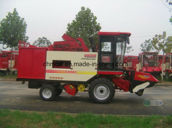 Four Rows Competitive Price of Maize Harvesting Machine pictures & photos