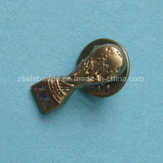 Gold 3D Metal Trophy Pin Badge for Customized Gifts