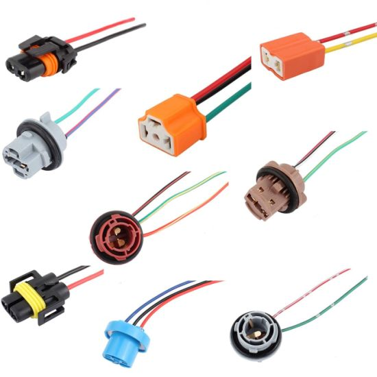 Ceramic Car Auto Headlight Connector Plug H4 Lamp Bulb Socket Wiring Harness pictures & photos