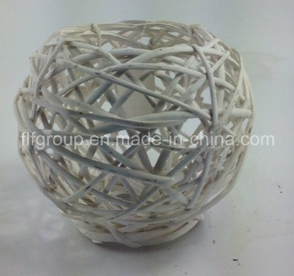 Customized Eco-Friendly Handmade Decorative Wicker Willow Lantern in Round Shape pictures & photos