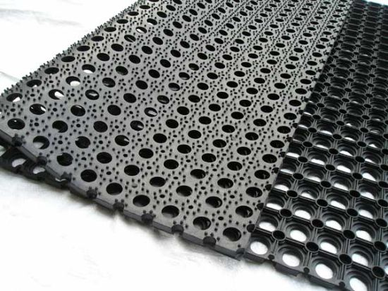 China Hard Wearing Rubber Mesh Mats Playground Rubber Safety Mats - Rubber grate flooring