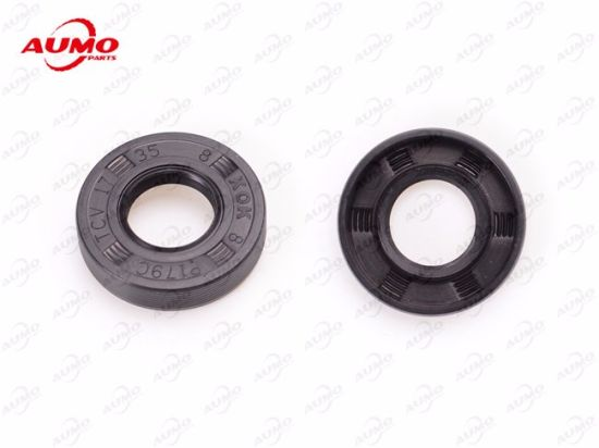 Oil Seal for Crankshaft of Minarelli Am6 50cc Engine Parts pictures & photos