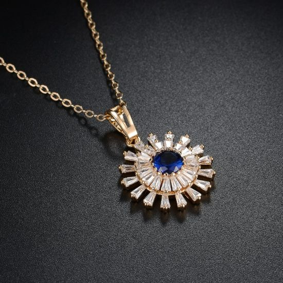 Wholesale Fashion Copper Metal Gold Zirconia Stone Necklace pictures & photos