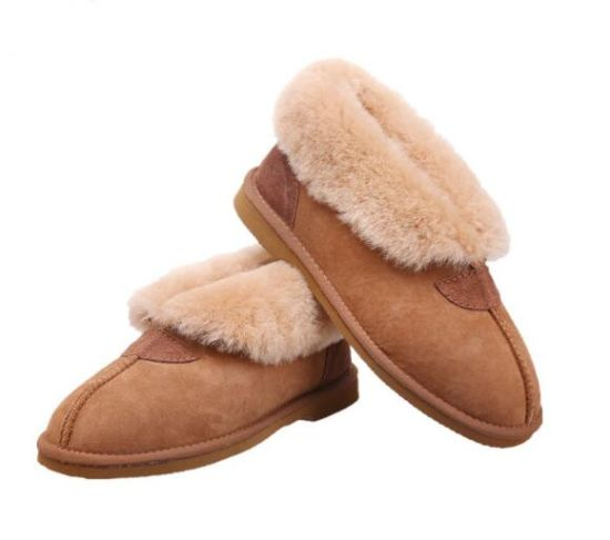 Comfortable High-Grade Fashion Winter Sheepskin Comfort Women/Lady Casual Shoes pictures & photos