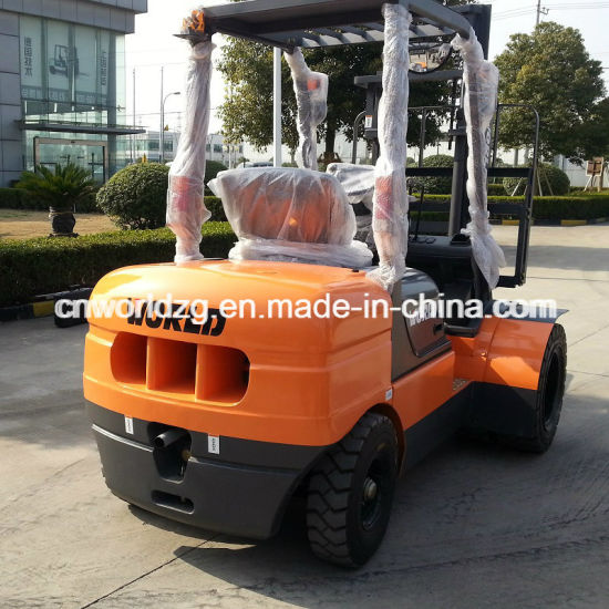 Diesel or Battery Forklift, Capacity 2ton to 5ton