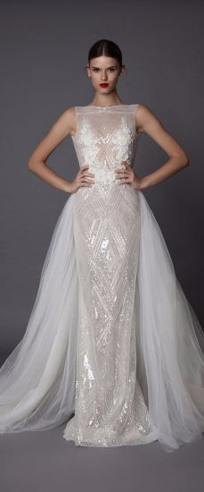 Bling Bling Sheath Wedding Dress with Removeable Lace Train pictures & photos