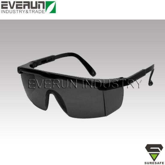 a9c998ecbf China ER9301 CE EN166 Safety glasses dark lens Safety spectacles ...