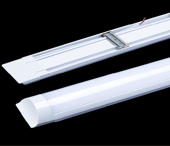 RoHS Ce 2 Years Warranty LED Wide Tube Light (WD-1500-wt45W)