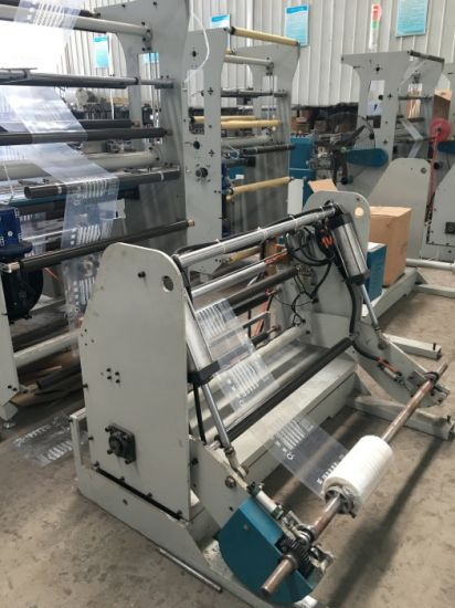Automatic PVC Slider Zipper Head Attaching Bag Machine Machine (WFD-800) pictures & photos