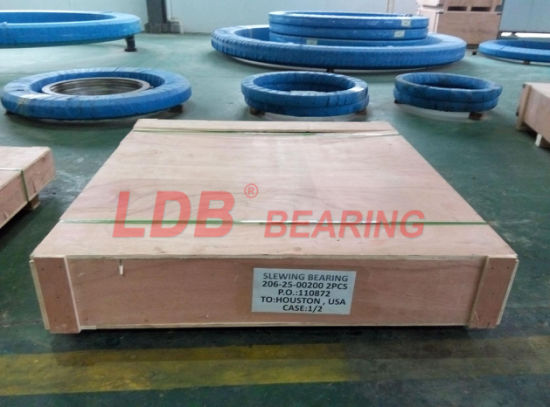 Hitachi Ex200-5 Excavator Slewing Bearing, Slewing Ring pictures & photos