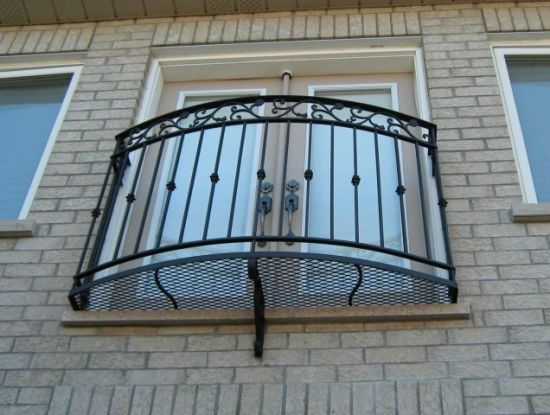 Deluxe Interior Wrought Iron Residential Handrailing pictures & photos