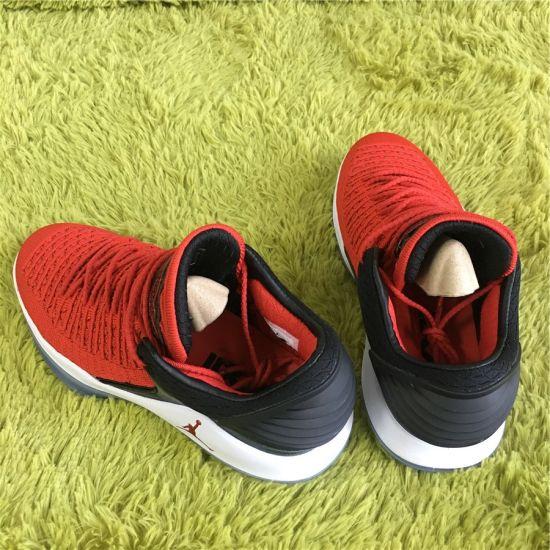 29e853c32fbf MVP 32 Men′s Super Classic Socks Men′s Sports Basketball Shoes pictures