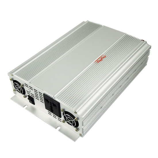 Pure Sine Wave Power Inverter (1500W) pictures & photos