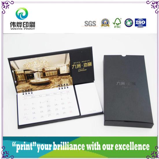 2017 Colorful Printing Table Calendar for Company Promotion pictures & photos