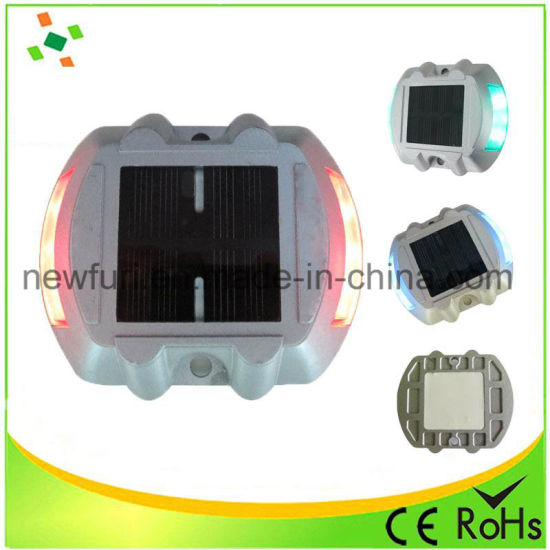 Aluminum Solar Road Marker LED Flashing for Road Safety pictures & photos