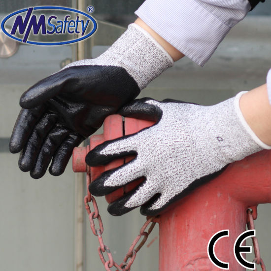 Nmsafety Nitrile Coated Cut Resistant Working Gloves pictures & photos
