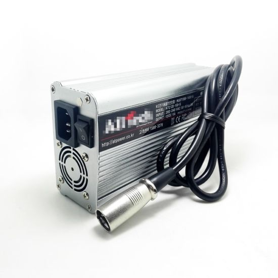 Factory Direct Sale 24V 10A 11A 12A 13A 14A 15A Lead Acid Battery Charger 29.4V pictures & photos