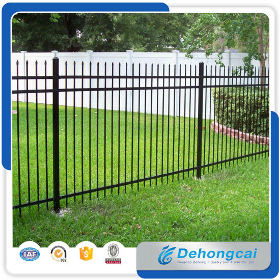 Used Welded Galvanized Black Powder Coating Wrought Iron Fence /Ranch /Garden/Pool Steel Fencing with Flattened Spear pictures & photos