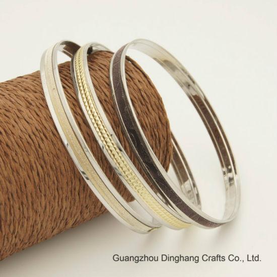 Fashion Electroplate & Electrophoresis Three Pieces Black Glint /Gold Glittery /Gold Pyramid PU Leather Bangle Set for Unisex Jewelry Bracelet Jewellery