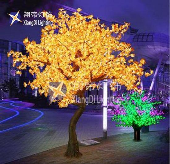 China 2 8m New Design Hot Sale Indoor Decoration Led Flocked