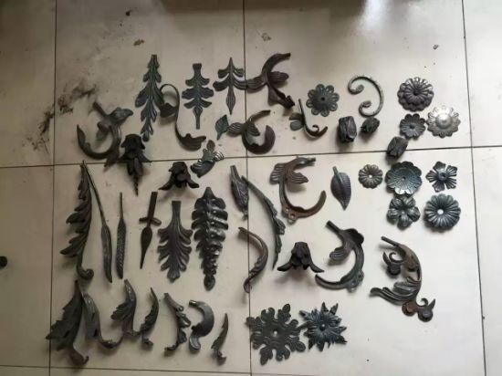 Ornamental Steel Flowers and Leaves for Stairs