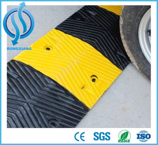 Traffic Rubber Speed Ramp Hump pictures & photos