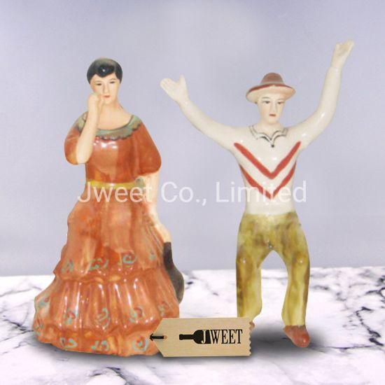 Elegant Design Human Shape Jubilant Couples Glazing Ceramic Whisky Bottle