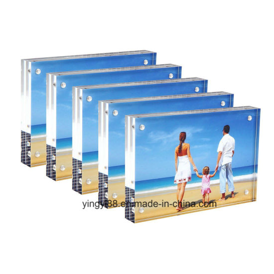 Custom Size Acrylic Magnetic Photo Frame pictures & photos