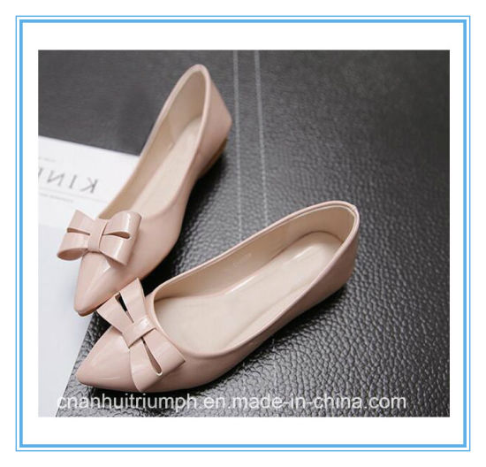 Fashionable and Simple Ladies Leather Flat Shoes with Bowknot