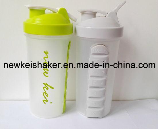 700ml Plastic Shaker Bottle with Plastic Strainer