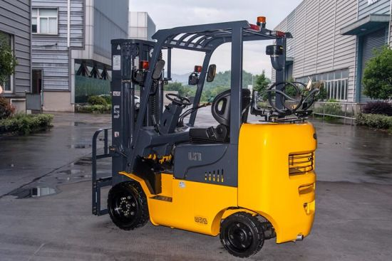 2-2.5 Ton LPG Forklift with Original Nissan or GM Engines pictures & photos